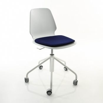 538 Selinunte Studio Swivel Chair