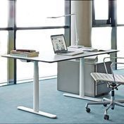 Montana: Brands - Montana - HA2 Work FP Height-Adjustable Office Table