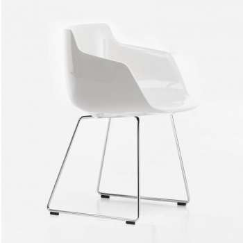 Flow Armchair with skid legs glossy