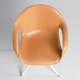 Kristalia: Rubriques - Mobilier - Elephant Swivel Armchair 4 Star Leather