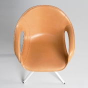 Kristalia: Marcas - Kristalia - Elephant Swivel Armchair 4 Star Leather