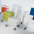 Kartell: Rubriques - Mobilier - Mobil 1+1 sur pieds