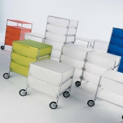 Kartell: Brands - Kartell - Mobil 1+1 with feet