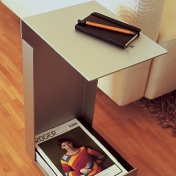 Jan Kurtz: Categories - Furniture - Hochstapler Side Table