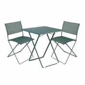 Fermob: Marques - Fermob - Plein Air - Ensemble de 1 table + 2 chaises