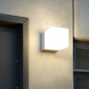 lumini: Brands - lumini - Kube FLUO Wall Lamp