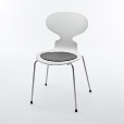 Fritz Hansen: Design special - Arne Jacobsen chairs - Ant Chair Promotion 4-piece Set