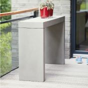Jan Kurtz: Brands - Jan Kurtz - Beton Console Table