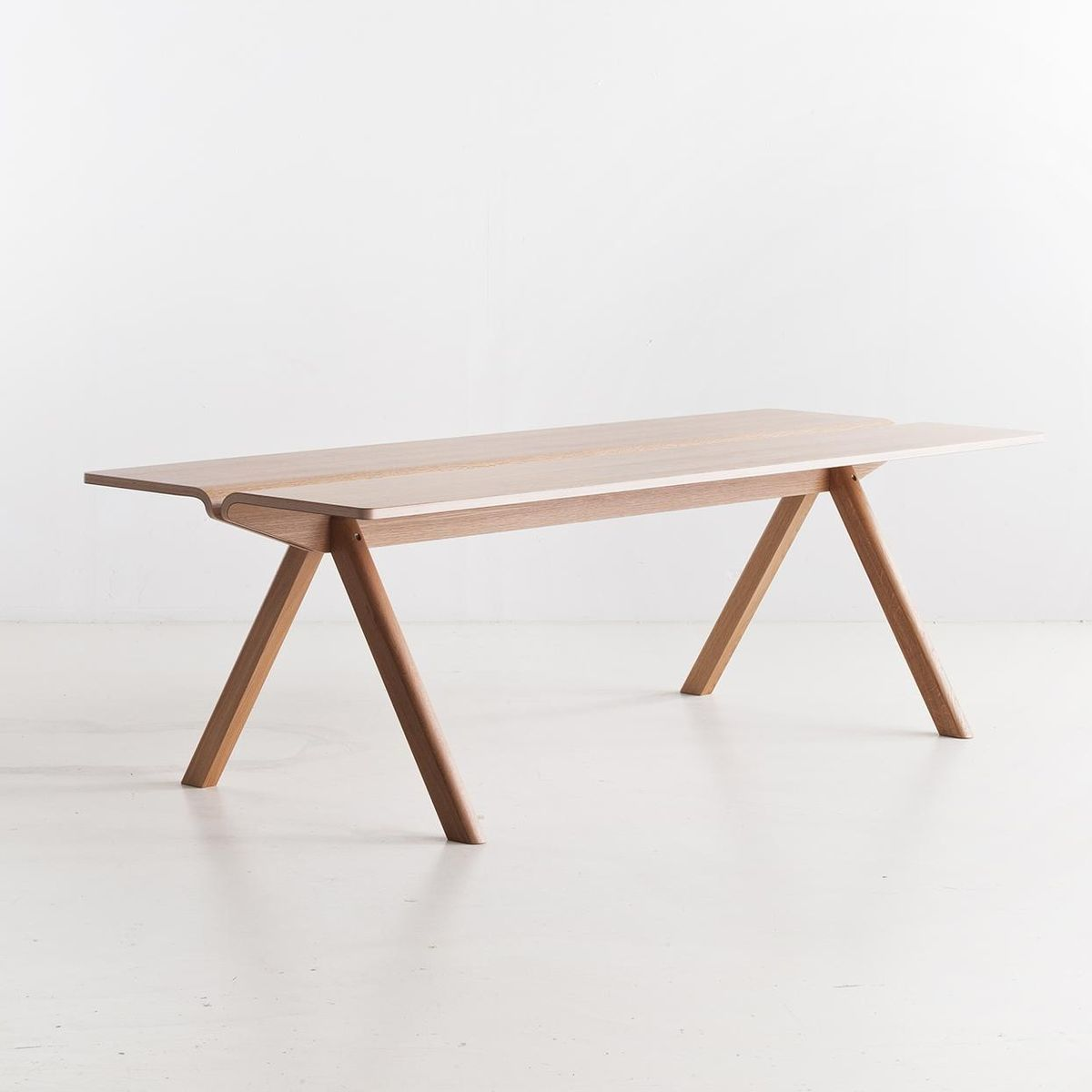 copenhague cph110 esstisch hay. Black Bedroom Furniture Sets. Home Design Ideas