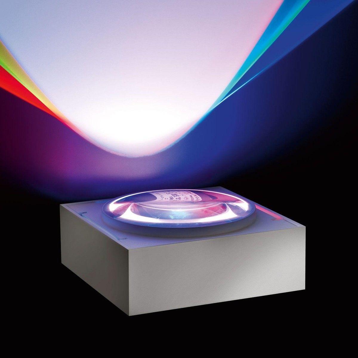 vision s rgb led wandleuchte deltalight. Black Bedroom Furniture Sets. Home Design Ideas