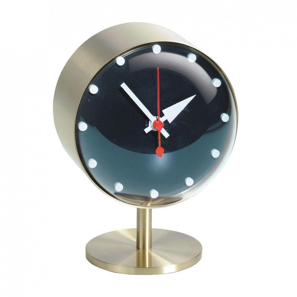 Night clock nelson horloge de table vitra for Horloge eames
