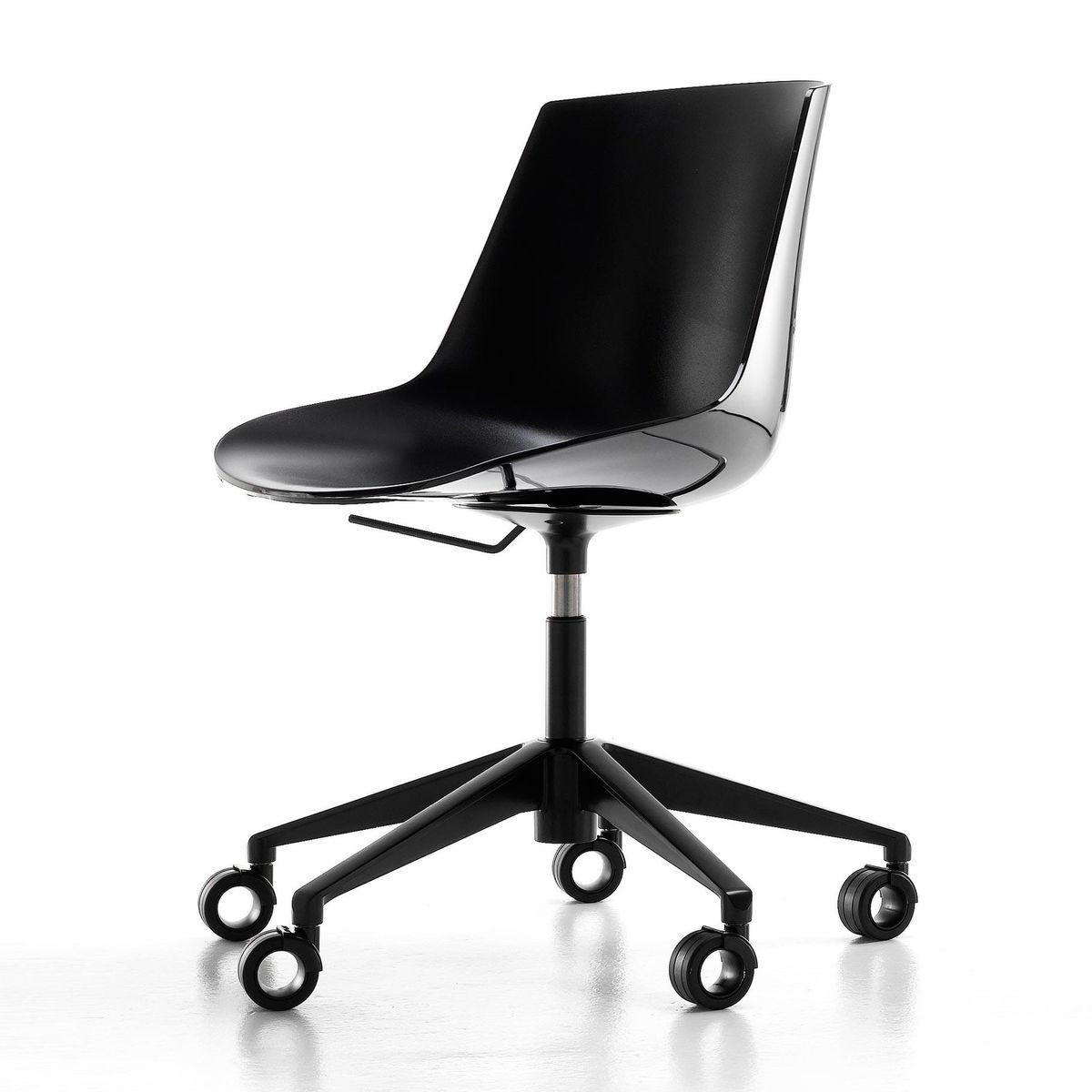 flow office chair with star base wheels mdf italia. Black Bedroom Furniture Sets. Home Design Ideas