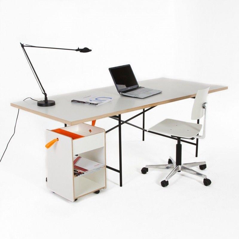 Eiermann 1 table eccentric richard lampert for Table induction 71 x 52