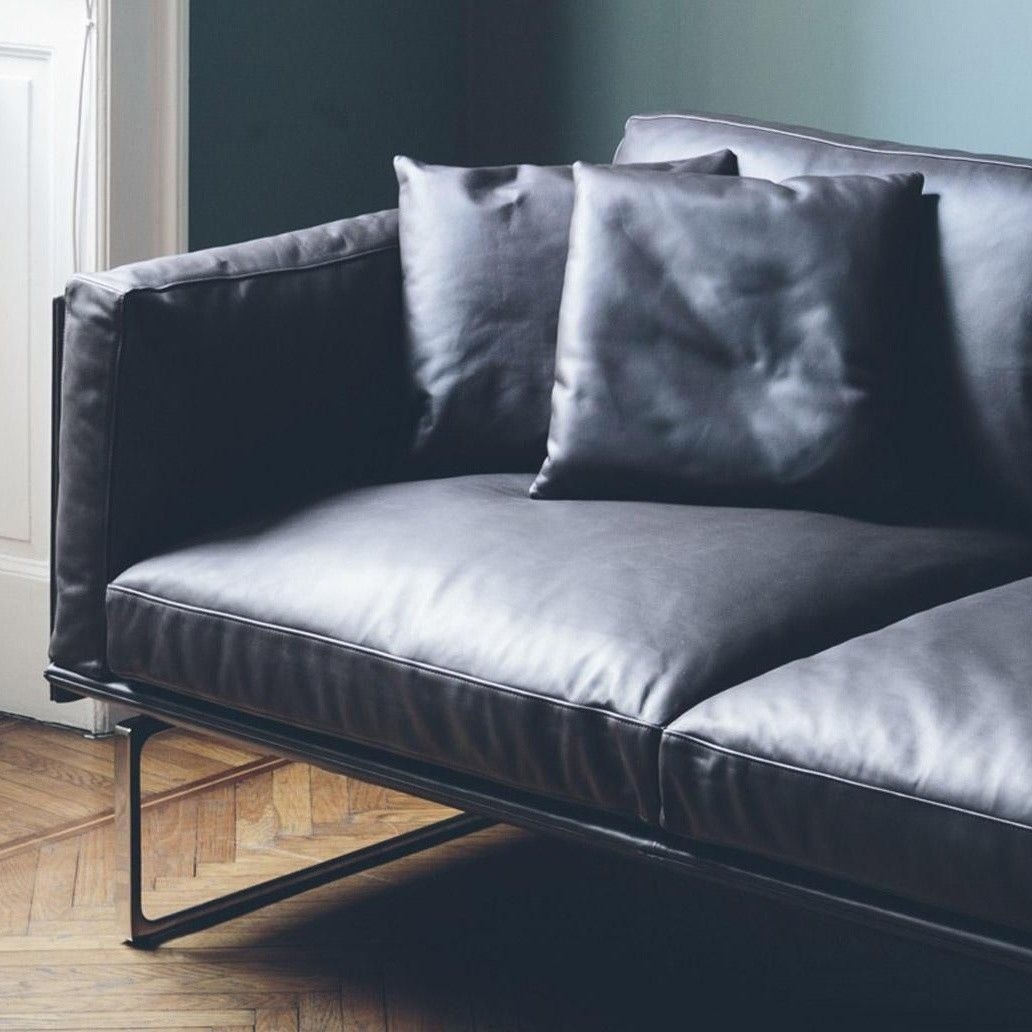 8 Piero Lissoni 3-Seater Leather Sofa