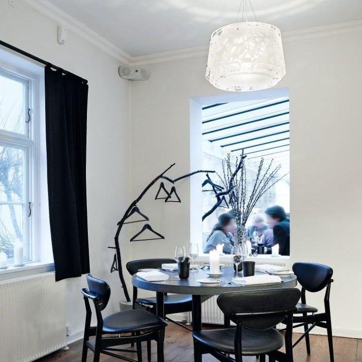 collage 450 pendelleuchte louis poulsen. Black Bedroom Furniture Sets. Home Design Ideas