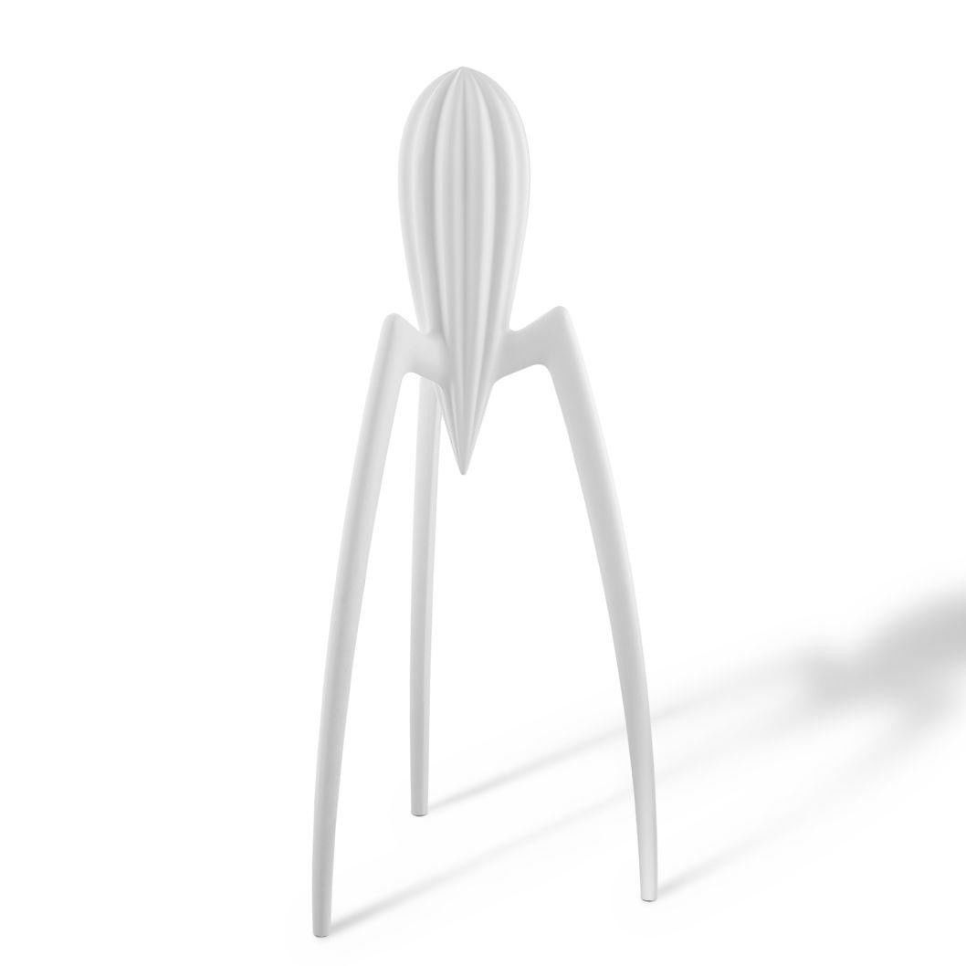 juicy salif squeezer alessi. Black Bedroom Furniture Sets. Home Design Ideas