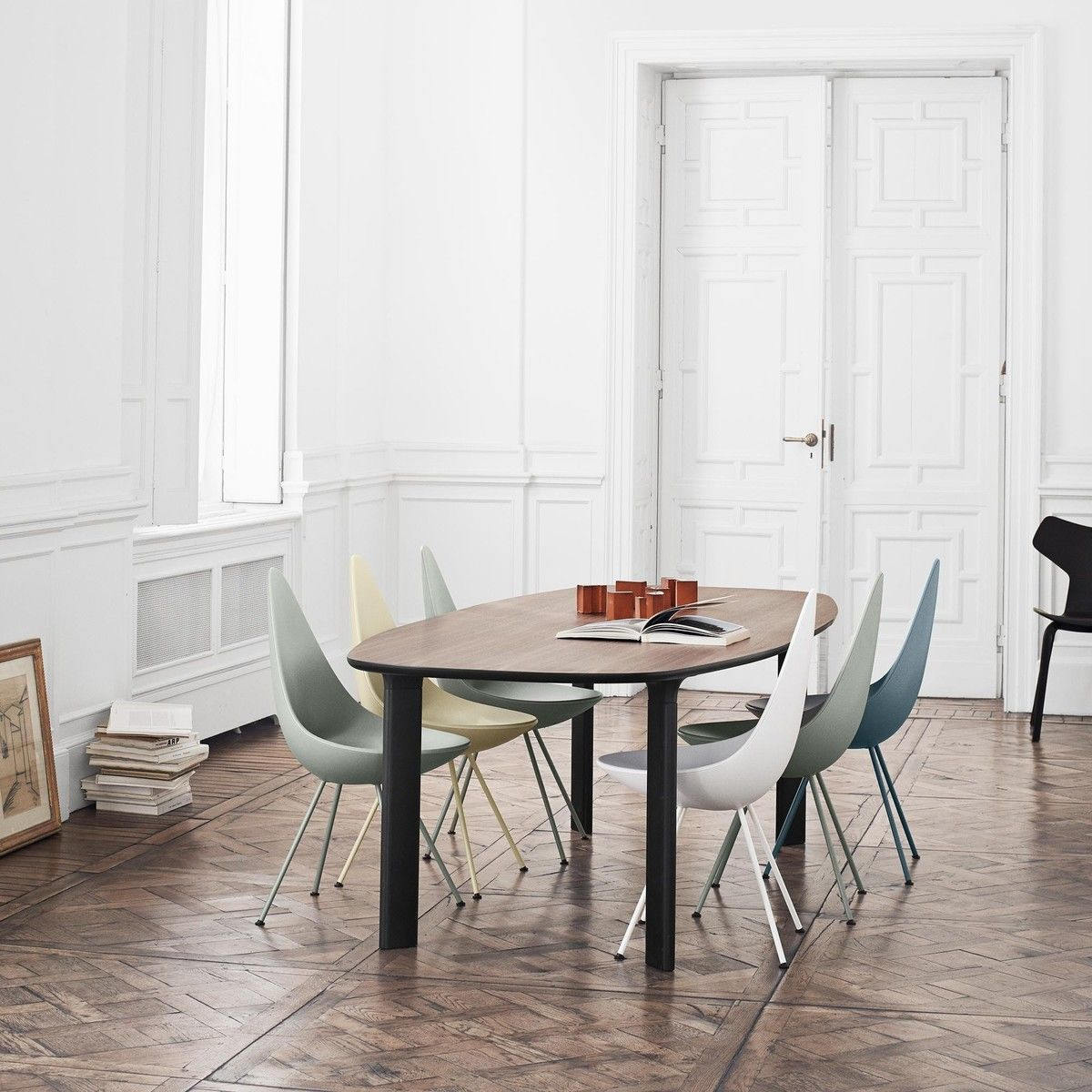 drop stuhl fritz hansen. Black Bedroom Furniture Sets. Home Design Ideas