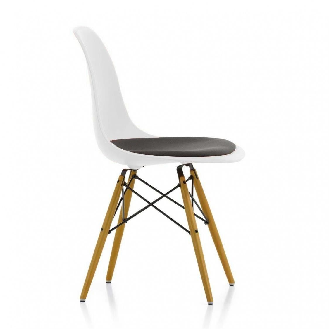 Eames plastic side chair dsw gepolstert h43cm vitra for Teppich vitra
