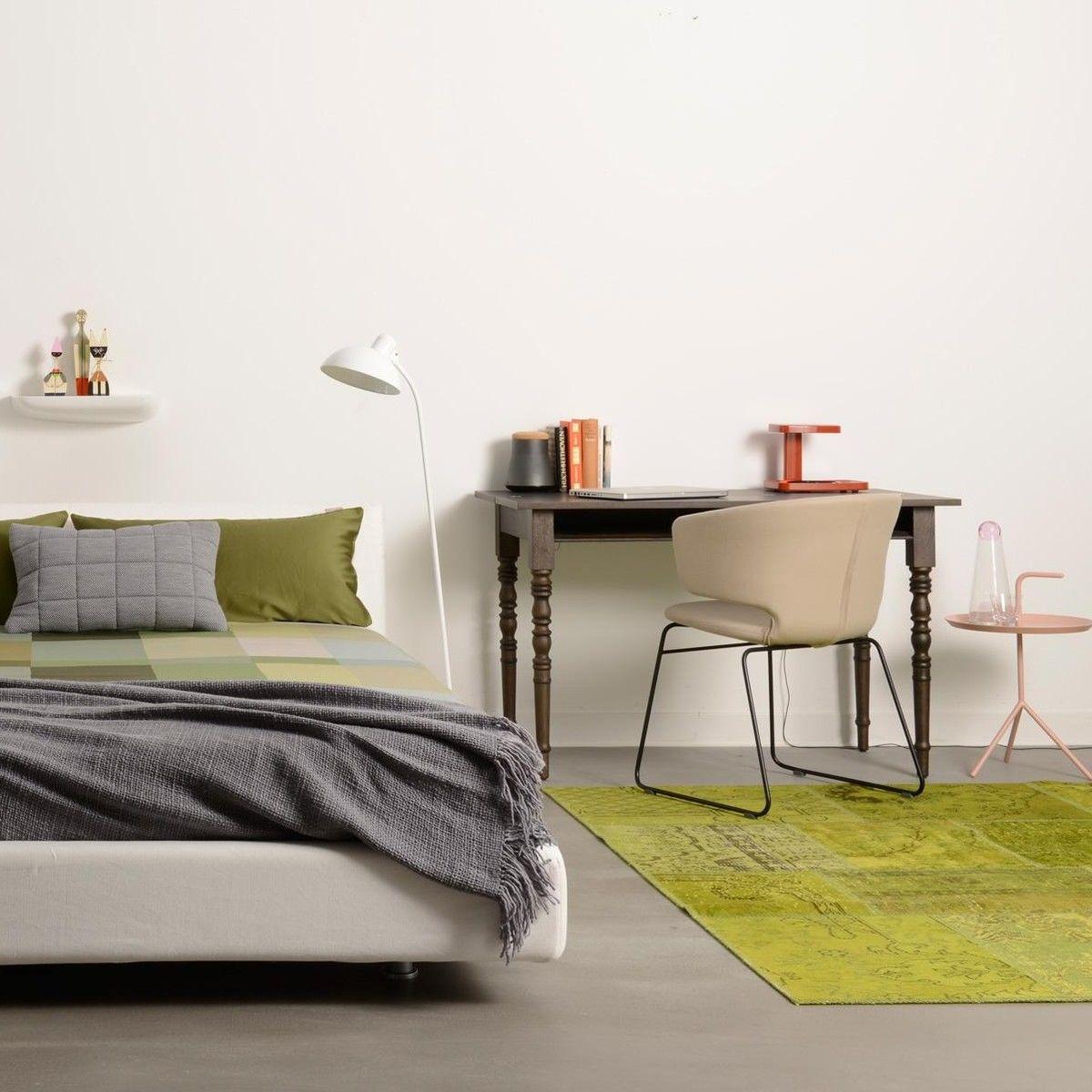 moooi two tops secretary sekret r tisch moooi. Black Bedroom Furniture Sets. Home Design Ideas