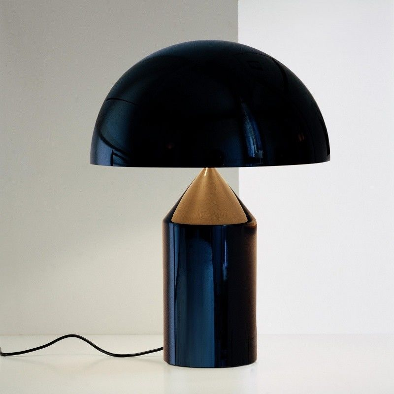 Atollo lampe de table oluce for Iconic design lamps