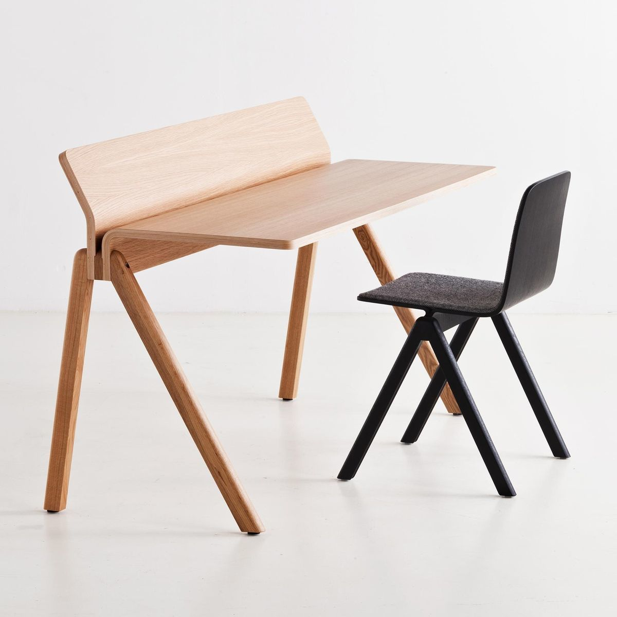 Copenhague cph190 table de travail bureau hay - Table de travail bureau ...