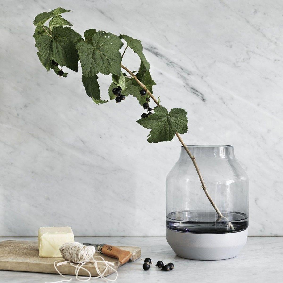 Muuto elevated vase muuto - Groaye glasvase dekorieren ...