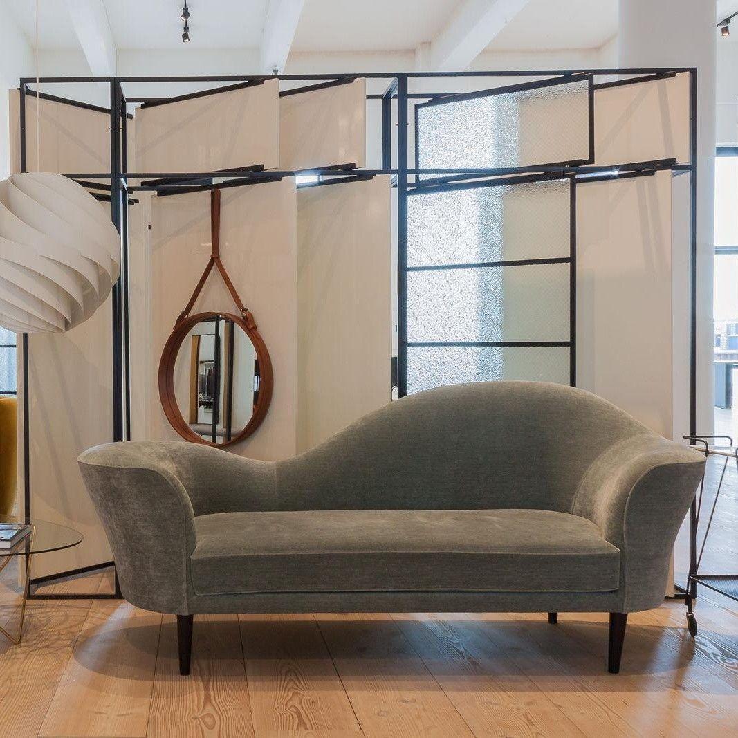 Grand Piano 3 Seater Sofa Gubi Ambientedirect Com
