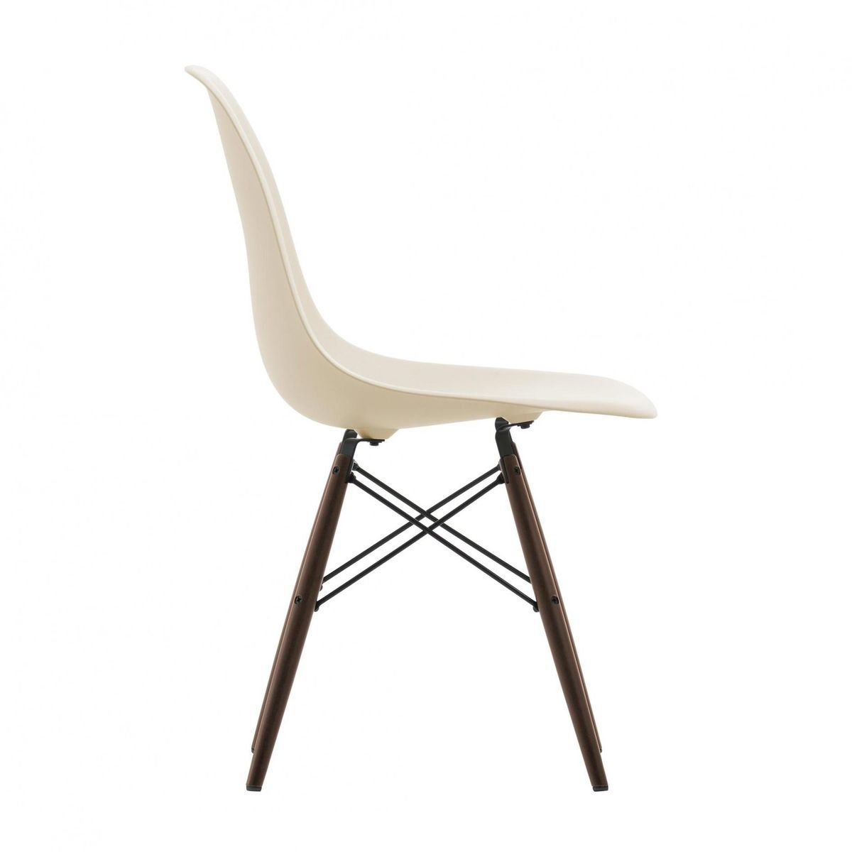 eames plastic side chair dsw maple dark h43cm vitra. Black Bedroom Furniture Sets. Home Design Ideas