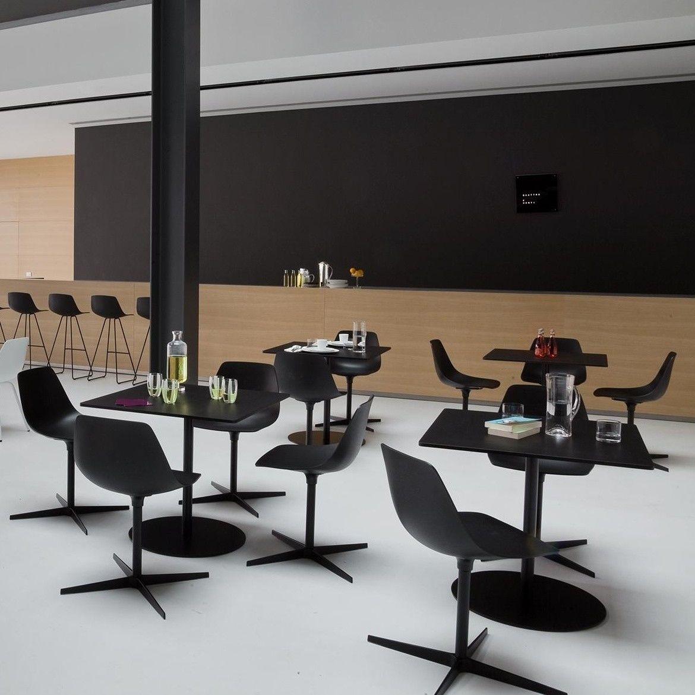 brio fix 72 table de bistrot pi tement noir la palma. Black Bedroom Furniture Sets. Home Design Ideas