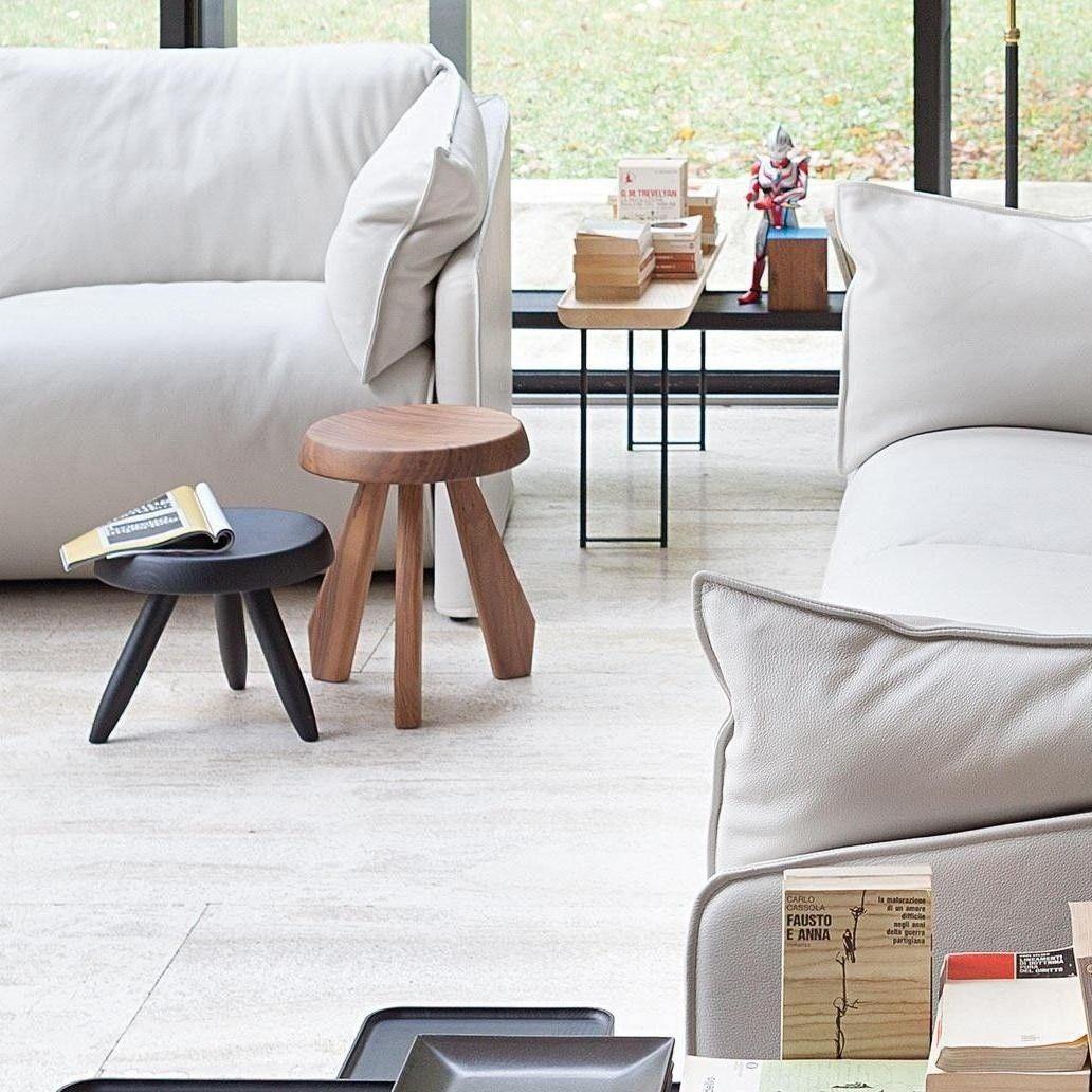 524 tabouret berger tabouret cassina. Black Bedroom Furniture Sets. Home Design Ideas