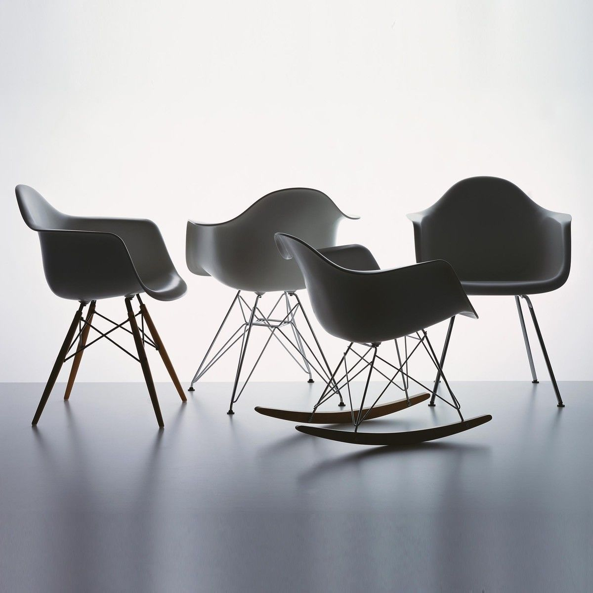 eames plastic armchair rar schaukelstuhl vitra. Black Bedroom Furniture Sets. Home Design Ideas