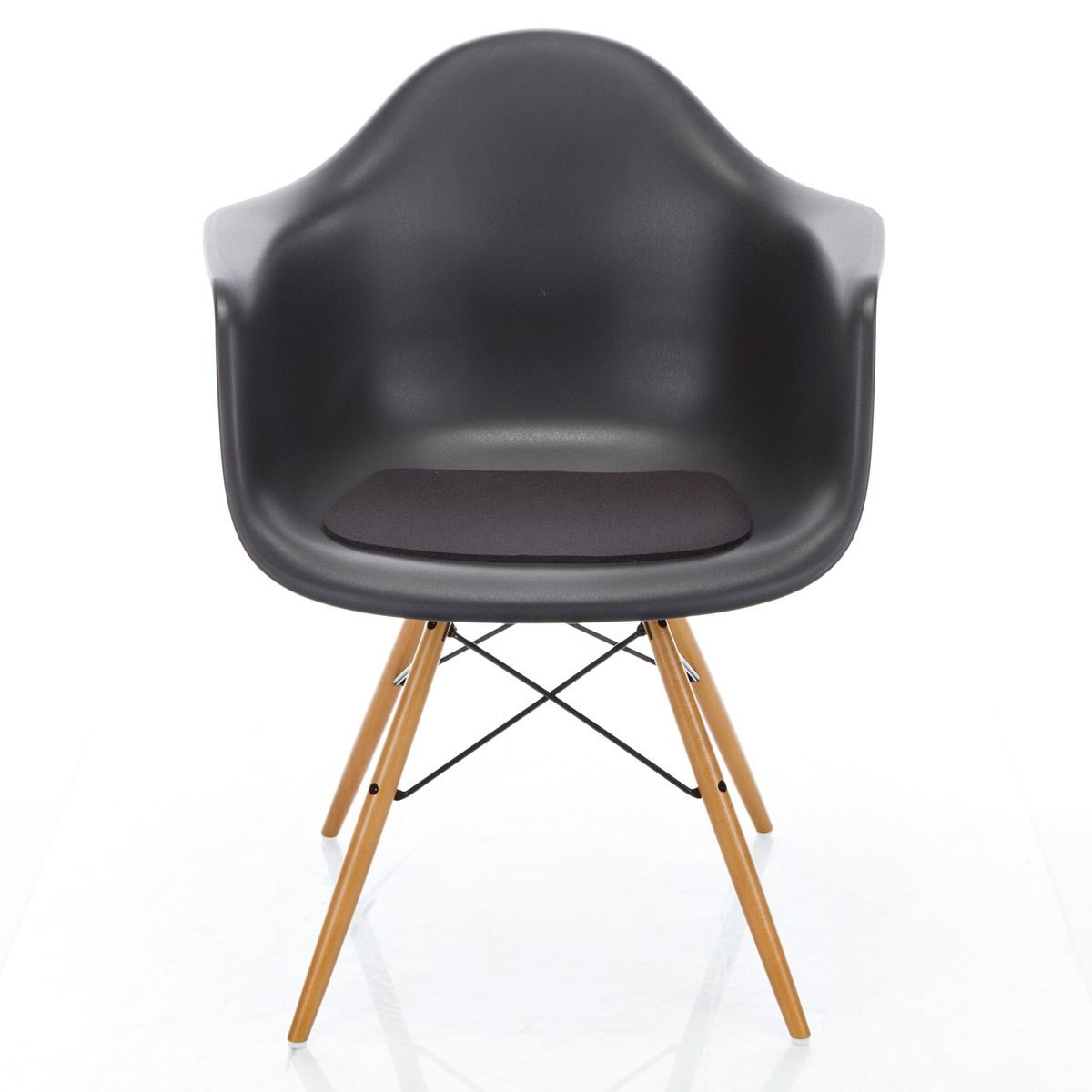 Galette d 39 assise eames armchair antiglisse hey sign for Galette eames