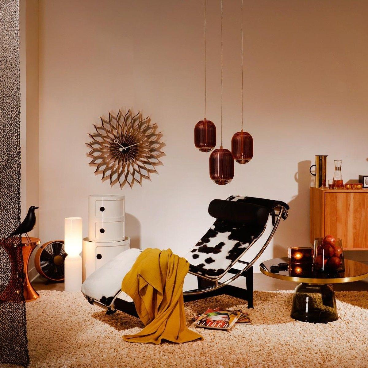 sunflower clock nelson wanduhr vitra. Black Bedroom Furniture Sets. Home Design Ideas