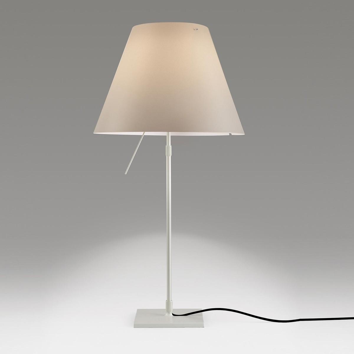 costanza tavolo mezzo tono lampe de table luceplan. Black Bedroom Furniture Sets. Home Design Ideas
