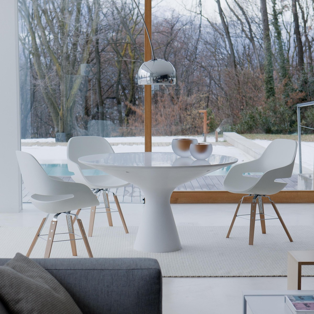 Blanco table dining table zanotta for Table zanotta