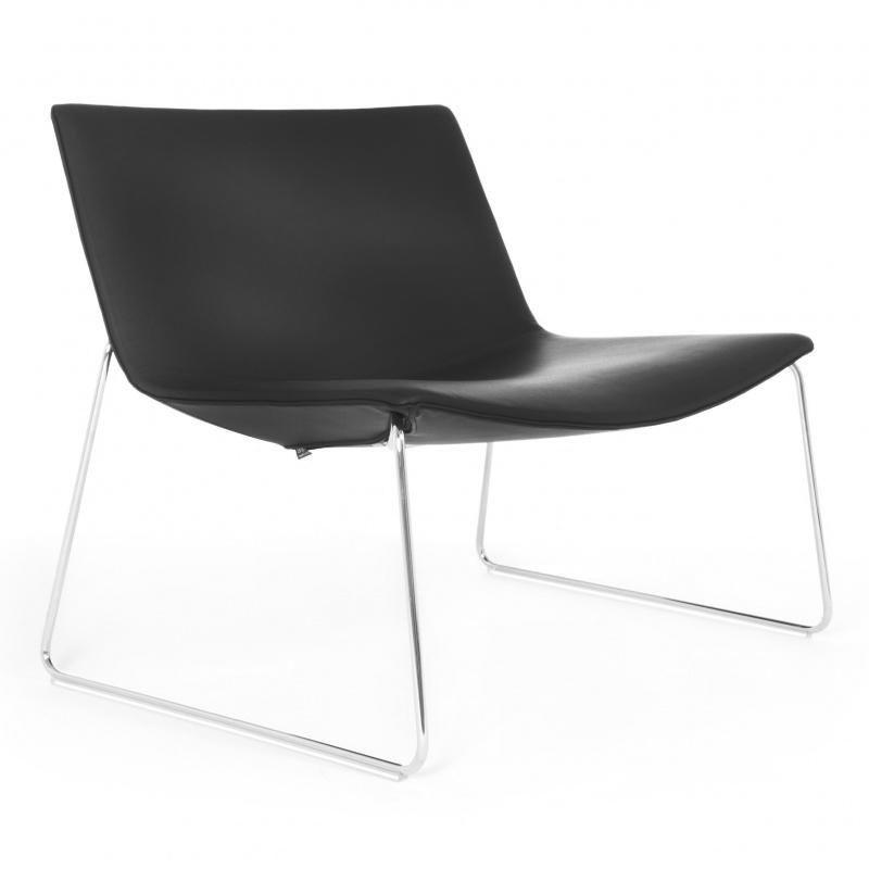 catifa 80 2010 lounge chair mit kufe arper. Black Bedroom Furniture Sets. Home Design Ideas