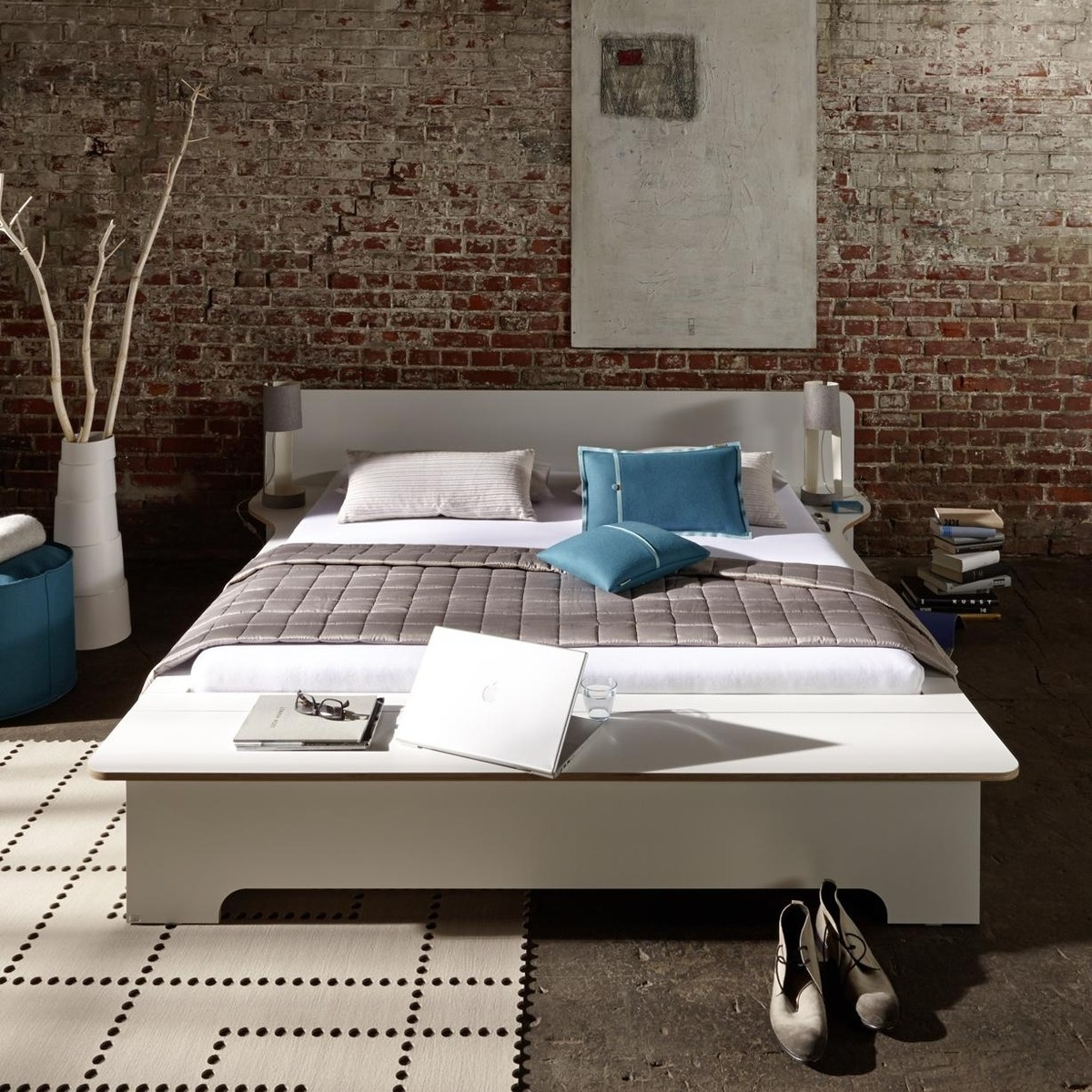 Plane double bed m ller m belwerkst tten for Airplane bed frame