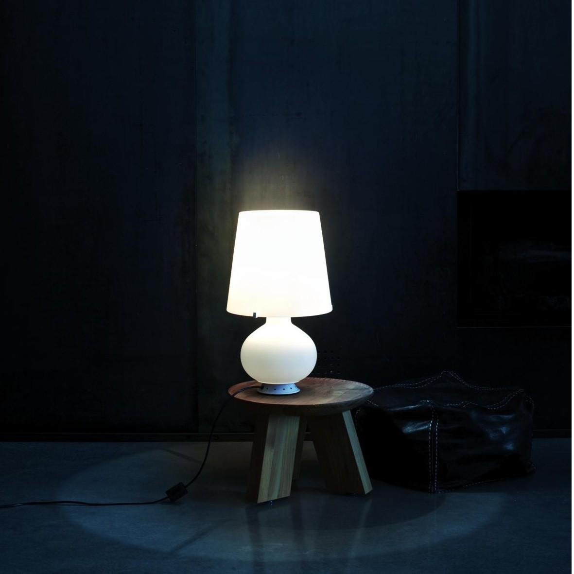 fontana 1853 medium lampe de table fontana arte. Black Bedroom Furniture Sets. Home Design Ideas