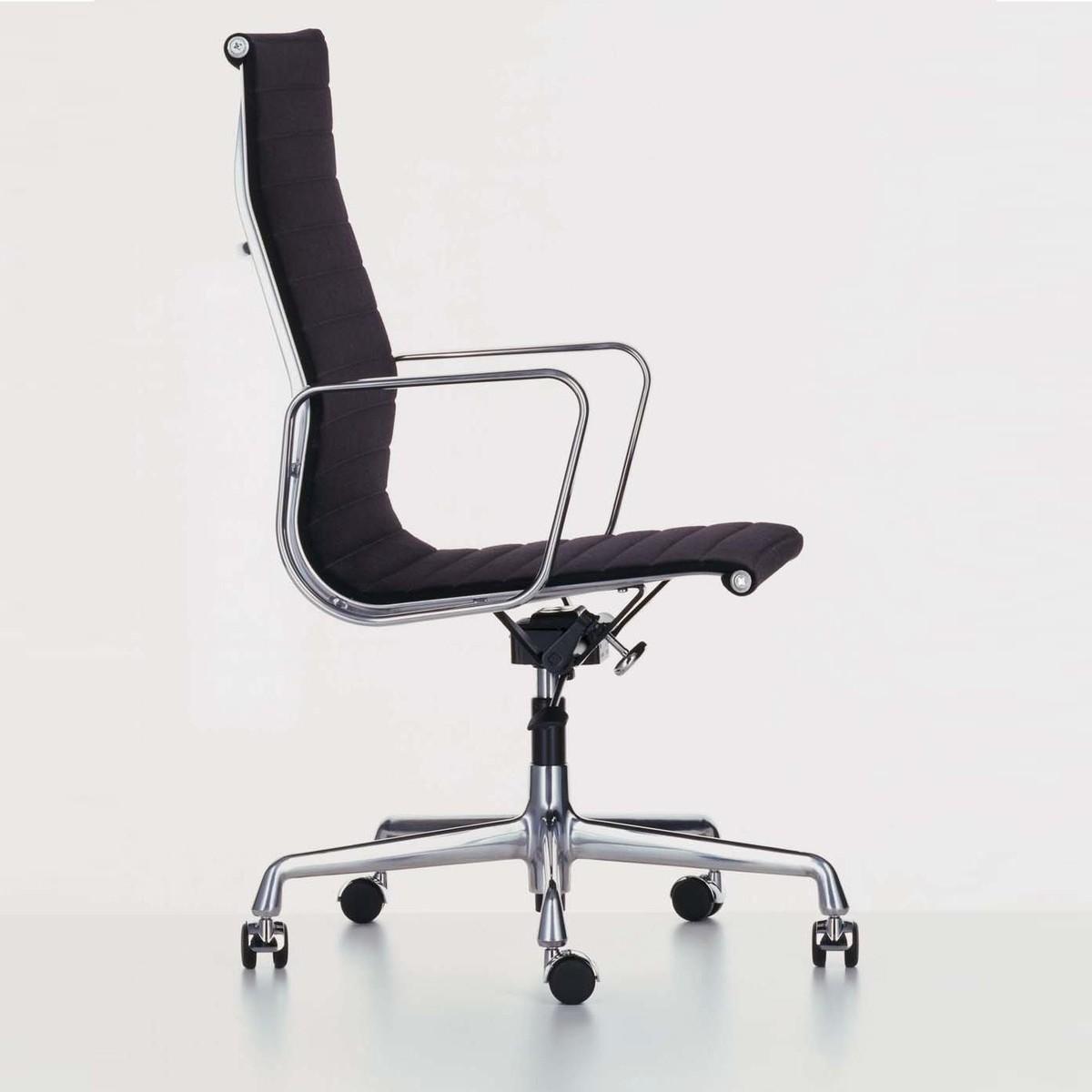 vitra ea 119 aluminium chair chaise de bureau vitra ambientedirect