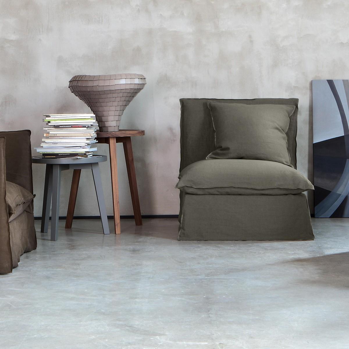 Ghost sofa ottoman gervasoni sofas seating for Gervasoni furniture