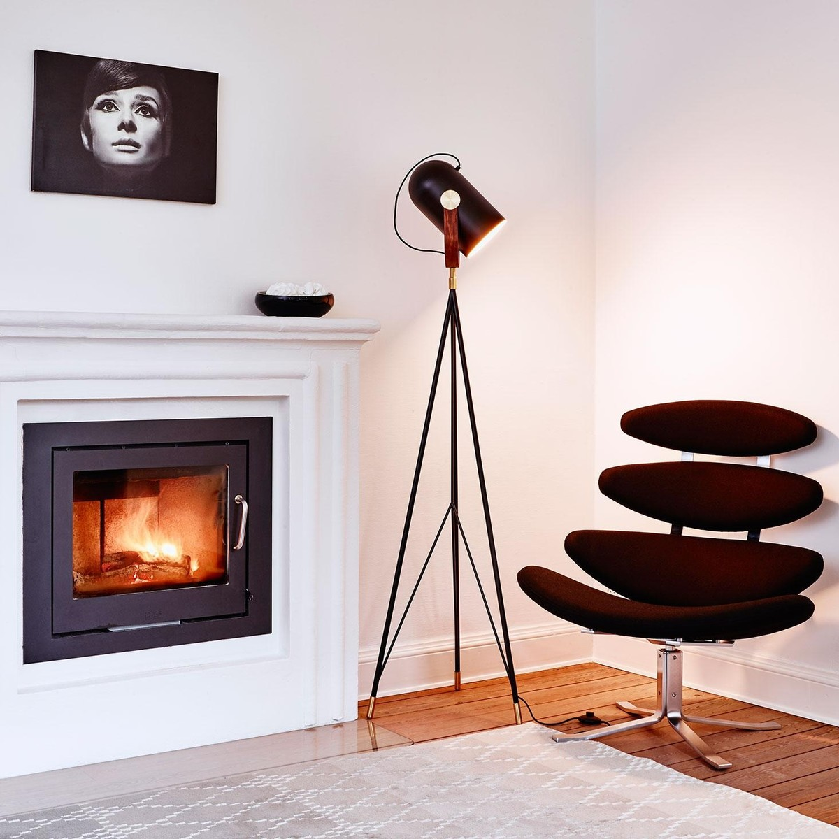 le klint carronade floor lamp high le klint. Black Bedroom Furniture Sets. Home Design Ideas