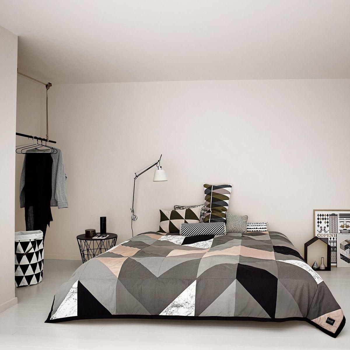half moon w schekorb ferm living. Black Bedroom Furniture Sets. Home Design Ideas