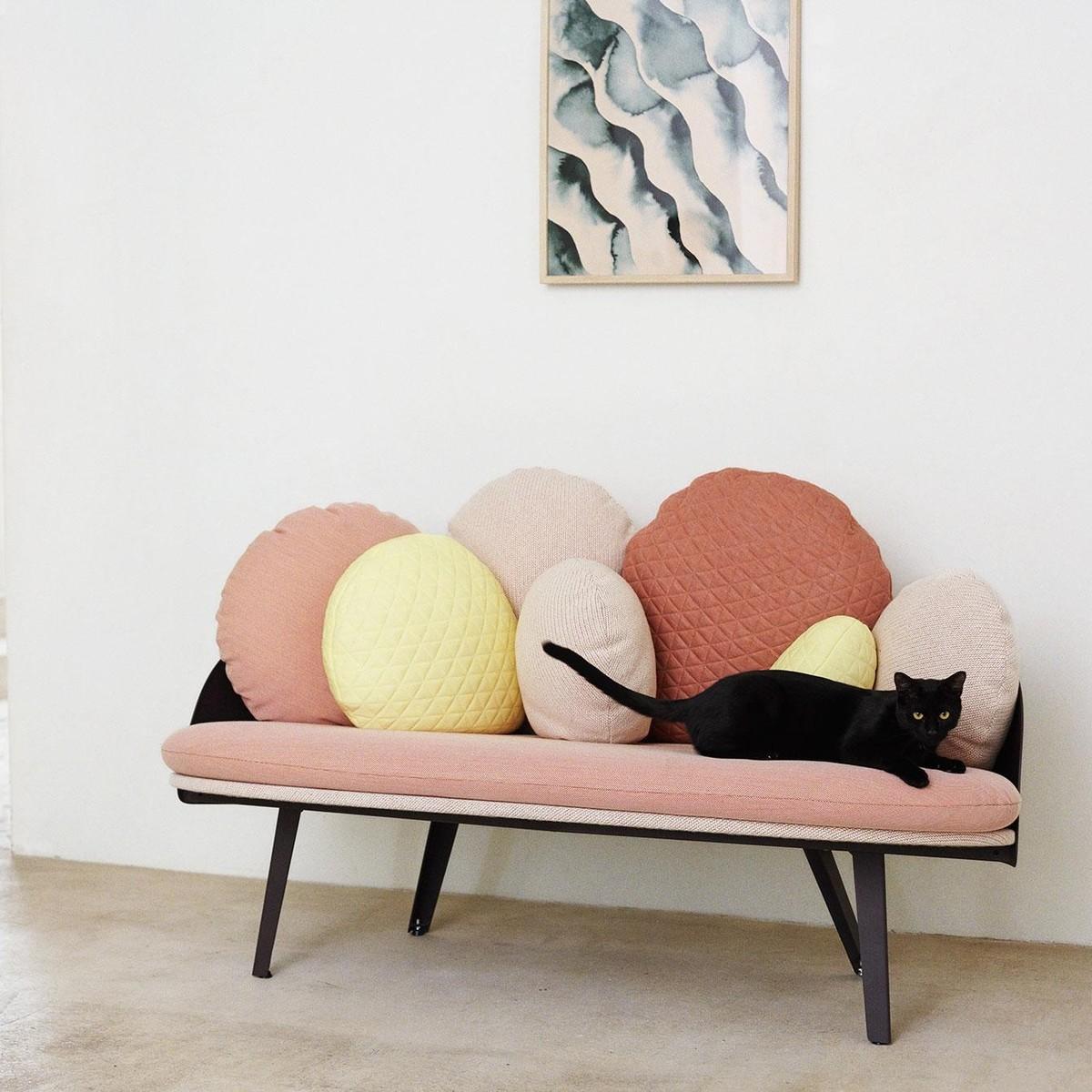 nubilo sof petite friture. Black Bedroom Furniture Sets. Home Design Ideas
