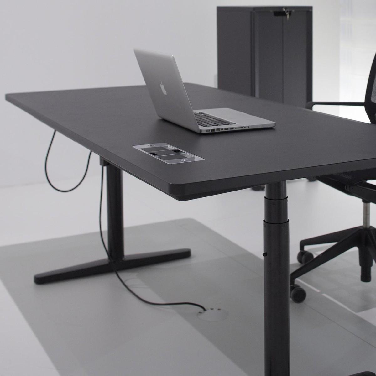 Black color of stool tyde hhenverstellbarer schreibtisch for Schreibtisch 3d modell