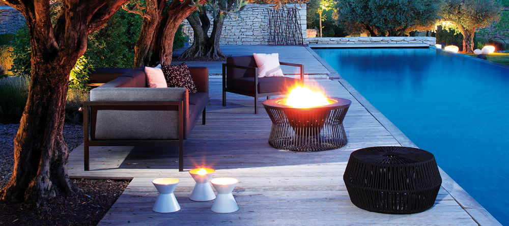 Buy kettal outdoor garden furniture online ambientedirect for Club piscine outdoor furniture