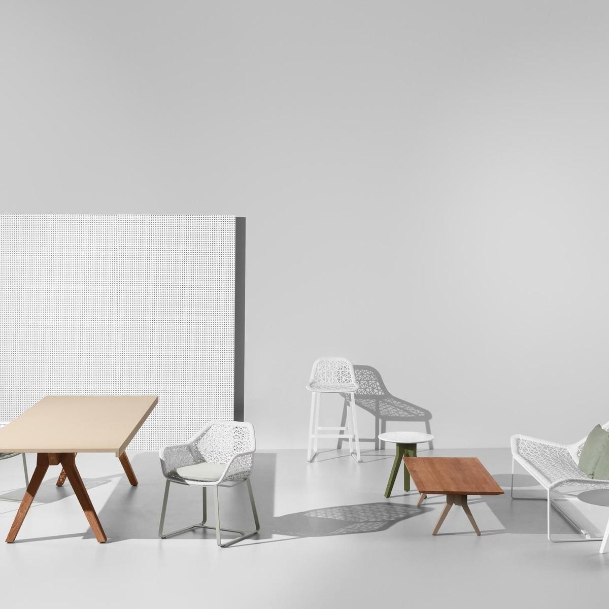 maia barhocker kettal. Black Bedroom Furniture Sets. Home Design Ideas